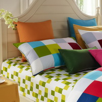 Fashion Lattice Modern Bedding Sets