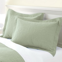 Pea Green 3 Pieces Quilt Sets
