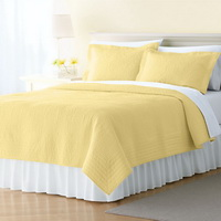 Yellow 3 Pieces Quilt Sets